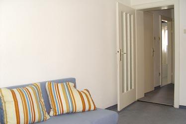 zu verkaufen von privat 2 zimmer wohnung in begehrter. Black Bedroom Furniture Sets. Home Design Ideas